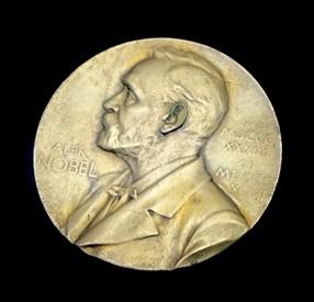 ノーベル賞メダル画像