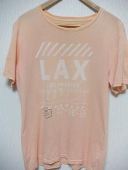 ピンクTシャツの写真