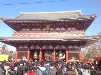 浅草寺の豆まき